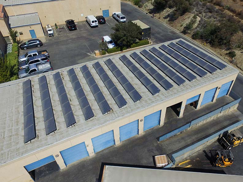 Solar energy system on the roof of a commercial building